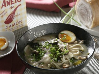 8 - Ramen with bacon, egg, mushrooms & chives